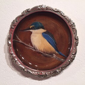 Painting of Kingfisher on tray by Lee-ann Dixon